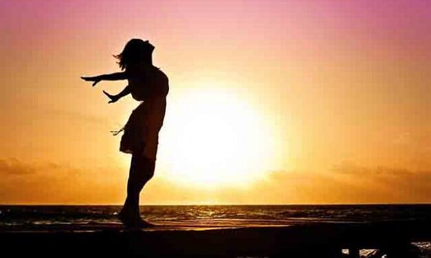 6 pasi pe care sa-i urmezi in fiecare dimineata pentru a avea o zi perfecta!