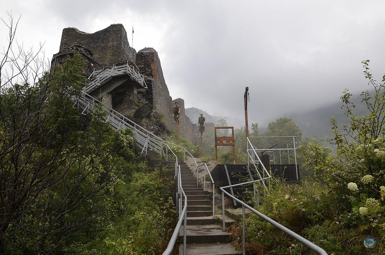obiective turistice Cetatea Poenari