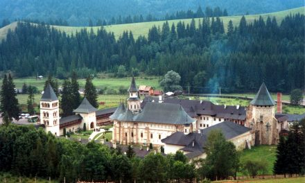 5 Manastiri din Moldova pe care trebuie sa le vizitezi
