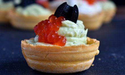 Salate cu maioneza pentru aperitive festive